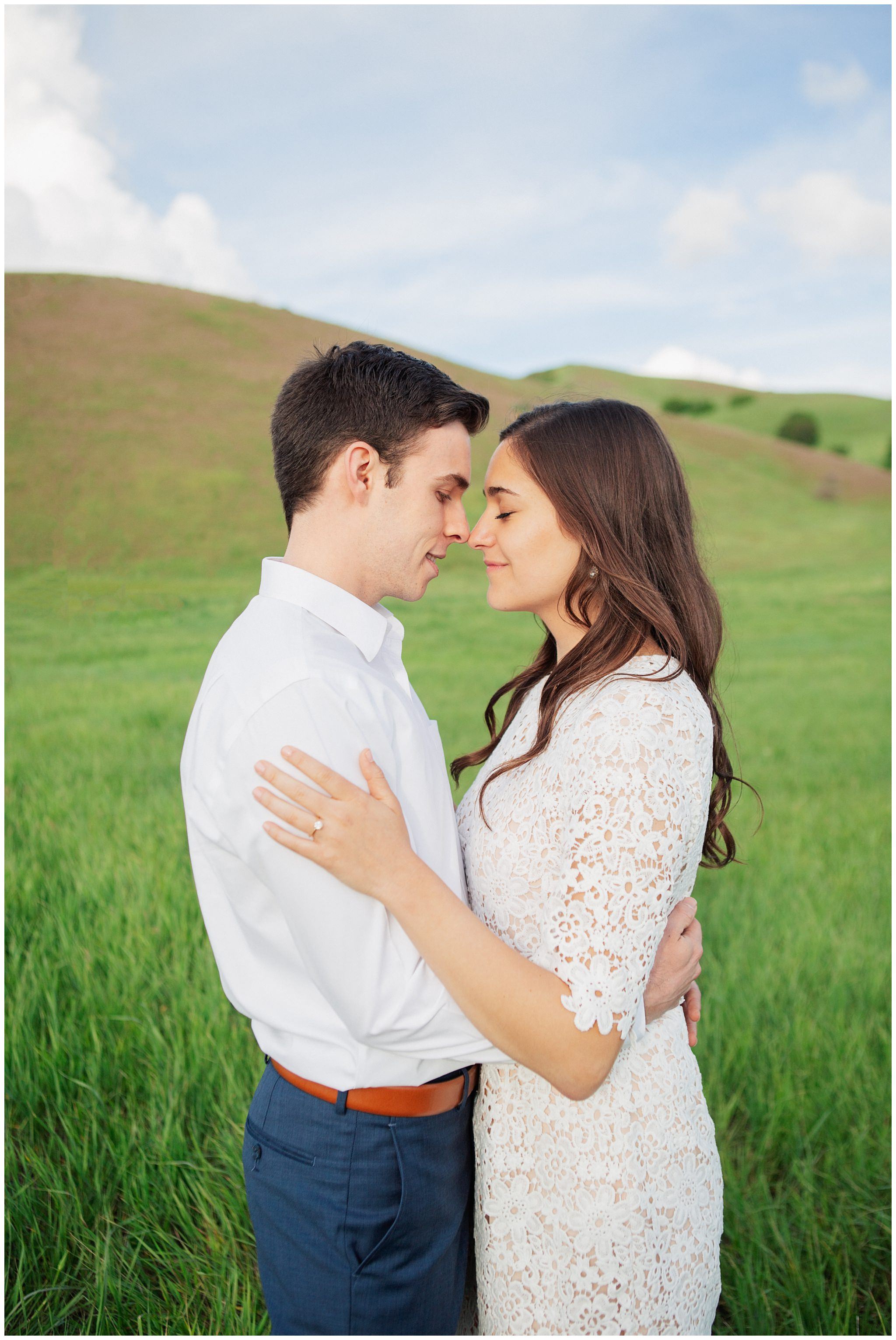 Rolling hills engagement pictures in Utah