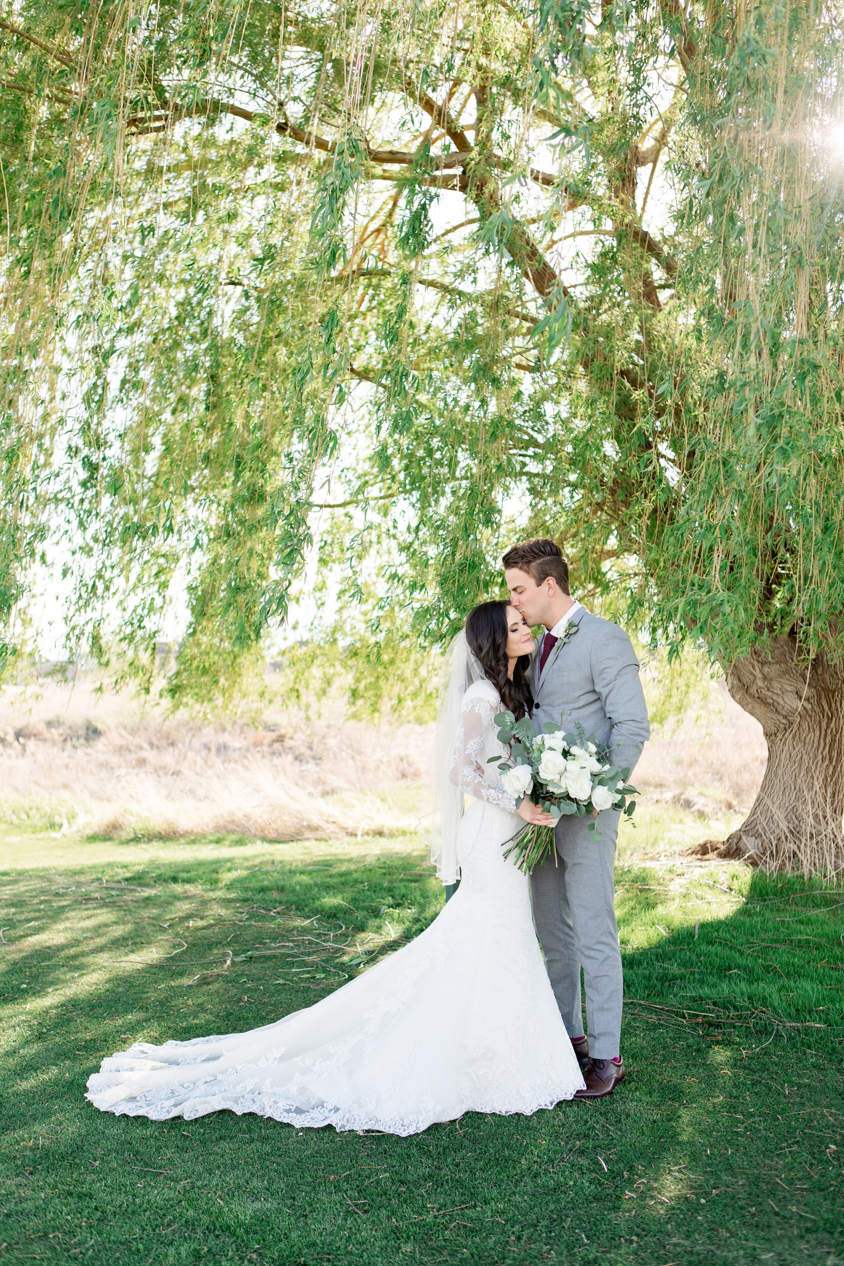 Sleepy Ridge Willow Tree Bridals
