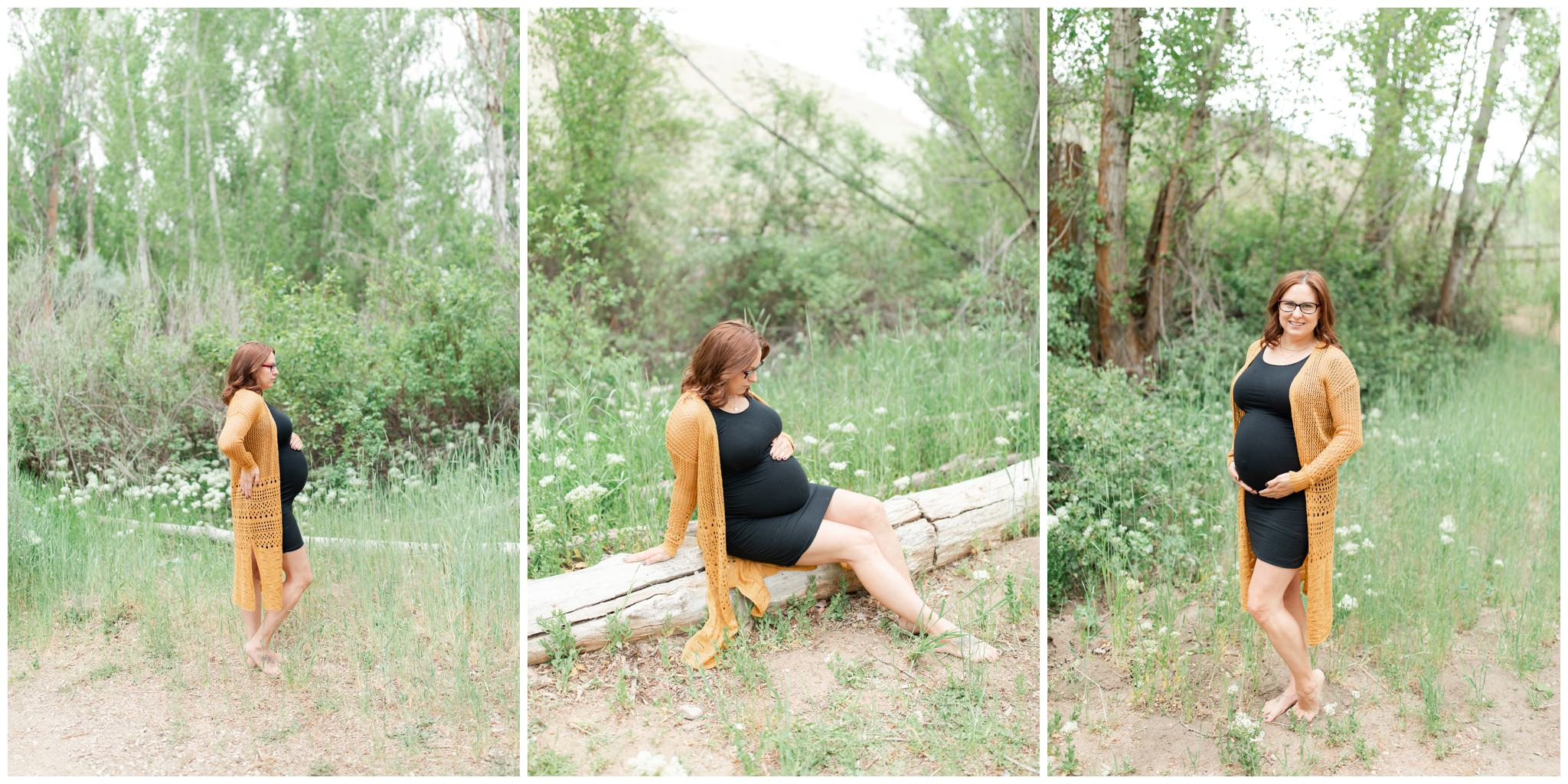 Cute poses for pregnant women for maternity pictures.